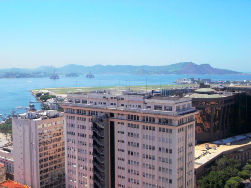 Sala comercial para alugar  no Centro - Rio de Janeiro, RJ. Imóveis